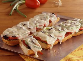 Image of Antipasto French Bread Pizzas, Betty Crocker