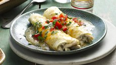 Creamy Chicken & Chile Enchiladas Recipe