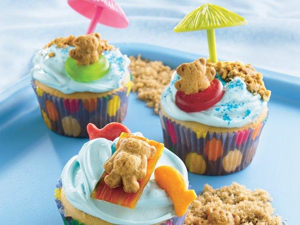 Teddy-at-the-Beach Cupcakes