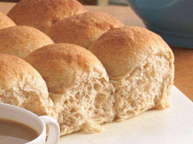 Bread Machine Whole Wheat Dinner Rolls recipe from Betty Crocker