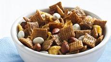 Cinnamon-Apple Chex Mix Recipe