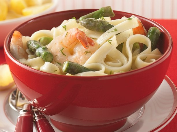 Image of Asparagus, Shrimp And Dill Over Fettuccine, Betty Crocker