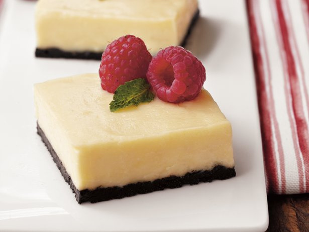White Chocolate Cheesecake Bars