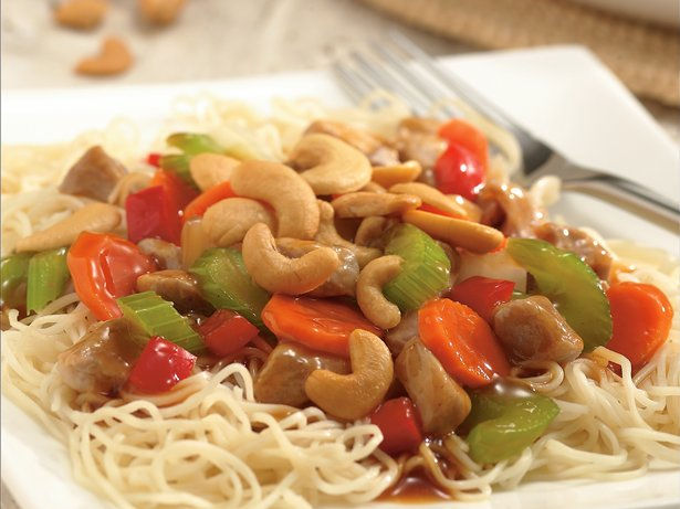 Cashew Pork Chow Mein