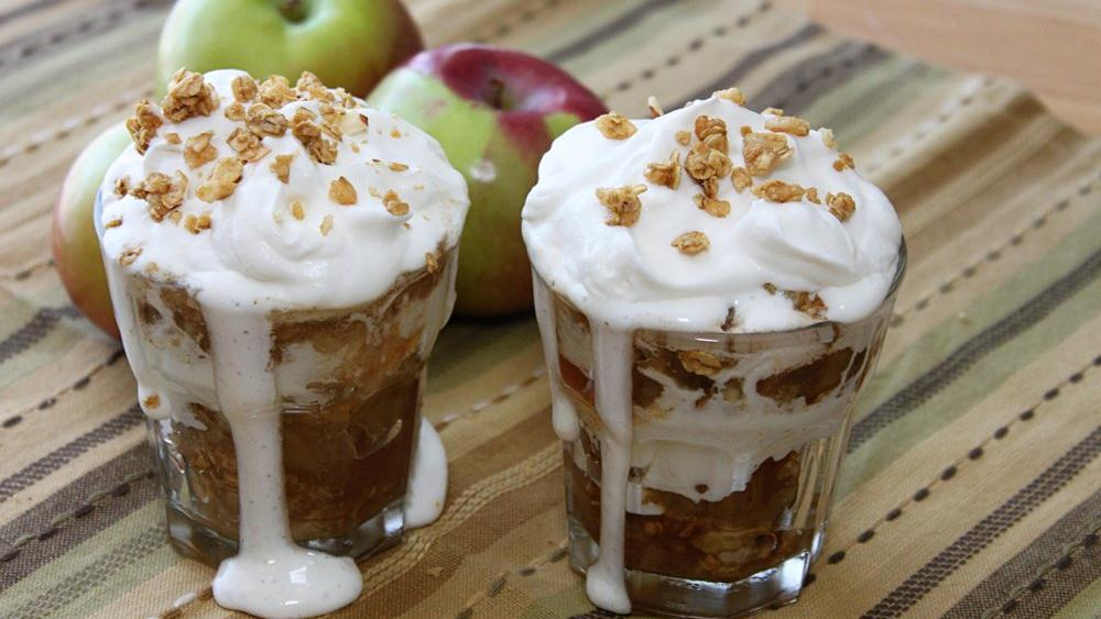 Spiked Granola Apple Crisp