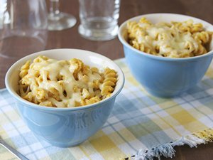 Carrot&#32;and&#32;Cauliflower&#32;Mac&#32;and&#32;Cheese