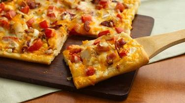 Chicken and Bacon Ranch Pizza