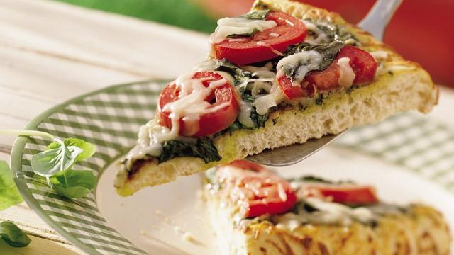 Grilled Italian Pesto Pizza