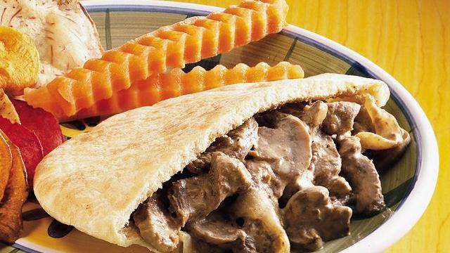 Creamy Beef Pitas