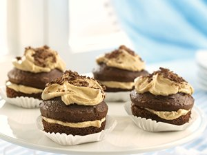 Chocolate Cupcakes with Penuche Filling
