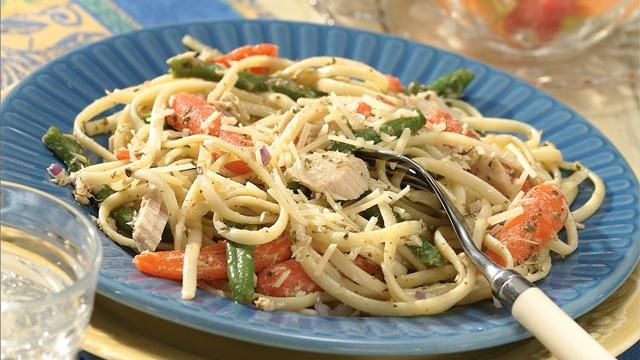Tuna and Linguine Toss