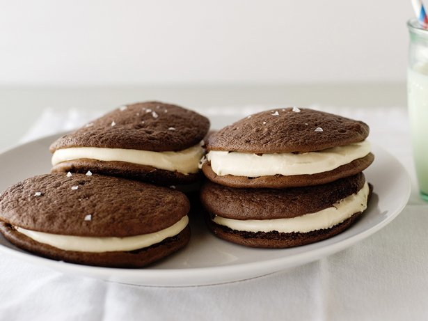 Salted Caramel Whoopie Pies