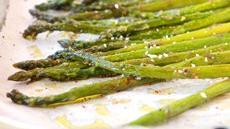 3-Step Lemon-Pepper Asparagus Recipe