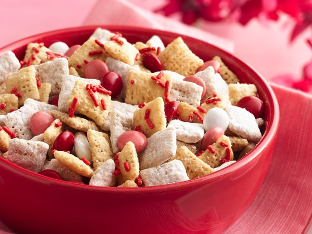 Valentine Chex® Mix (1/2 Recipe)