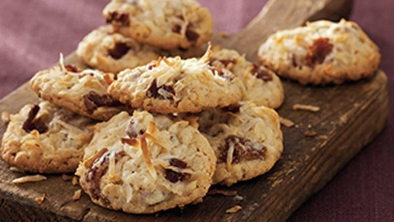 Crispy Coconut-Date Cookies