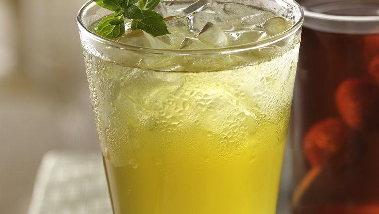 Apple-Mint Iced Green Tea
