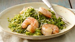 Gluten-Free Shrimp over Quinoa with Spinach Scallion Pesto