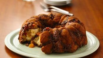 Apricot Pecan Biscuit Pull-Apart