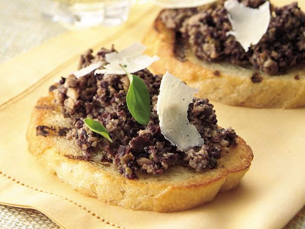 Mushroom-Olive Bruschetta