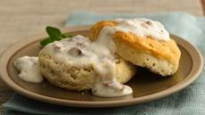 Unbeatable Sausage Gravy and Biscuits Recipe