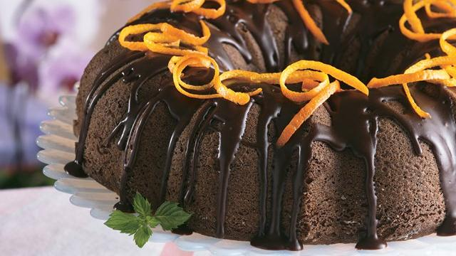 Chocolate Cake  lOrange