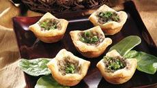 Mushroom-Garlic Cream Tartlets Recipe