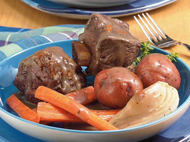 Slow Cooker Short Rib Dinner