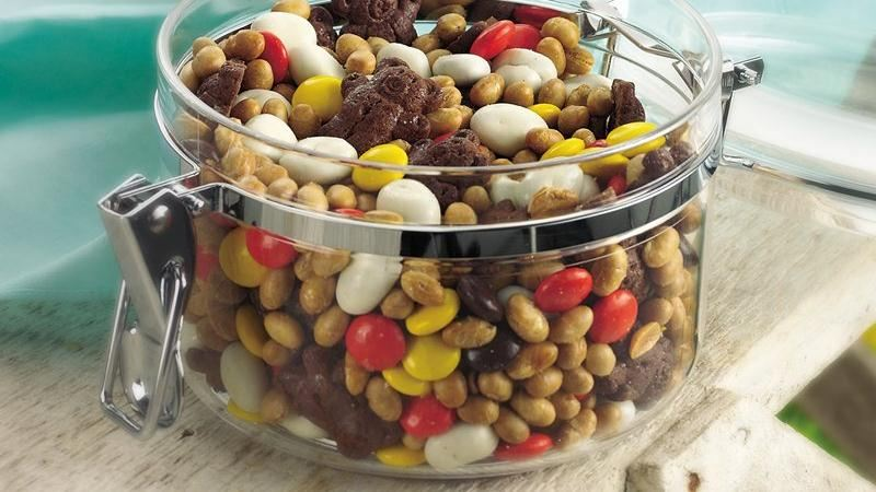 Sweet and Salty Snack Mix