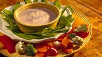 Tangy Yogurt Dip with Veggies