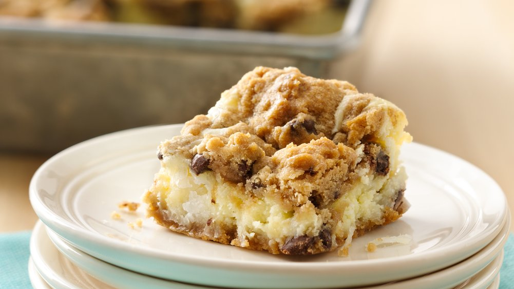 Chocolate Chip Cheesecake Bars (cookie dough tub) recipe ...