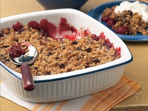 Chocolate-Cherry&#32;Crisp