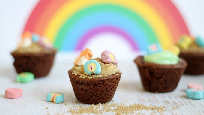 lucky charms quot pot of gold quot chocolate cookie cups recipe from tablespoon