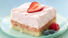 Easy Strawberry Cream Dessert Squares Recipe