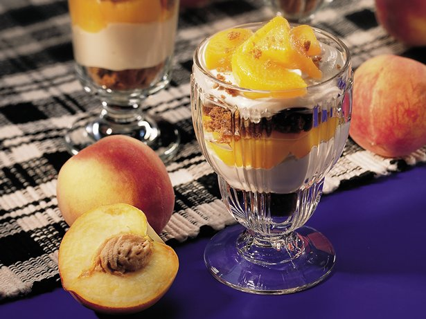 Creamy Caramel-Peach Parfaits