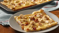 Sweet Chicken and Gouda Pizza Recipe