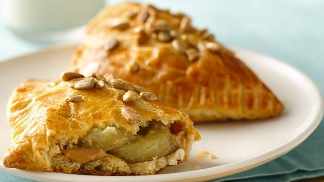 Peanut Butter and Banana Crescents Recipe