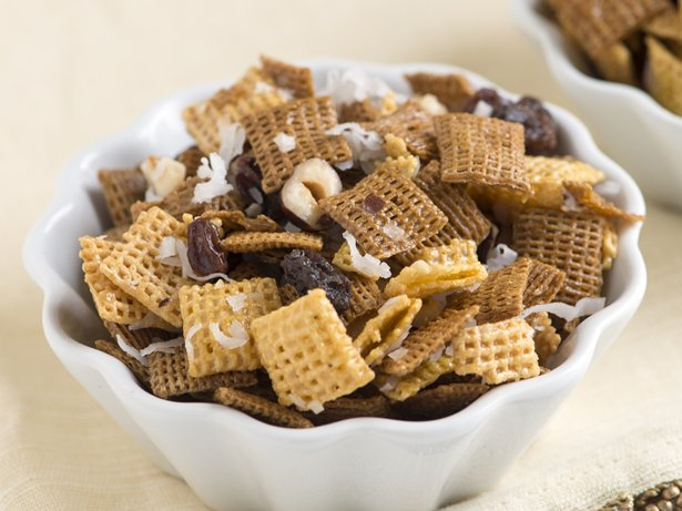 Honey Granola Chex Mix