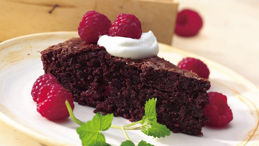 Easy Raspberry Brownie Wedges