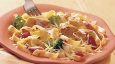 Fettuccine with Chicken and Vegetables Recipe