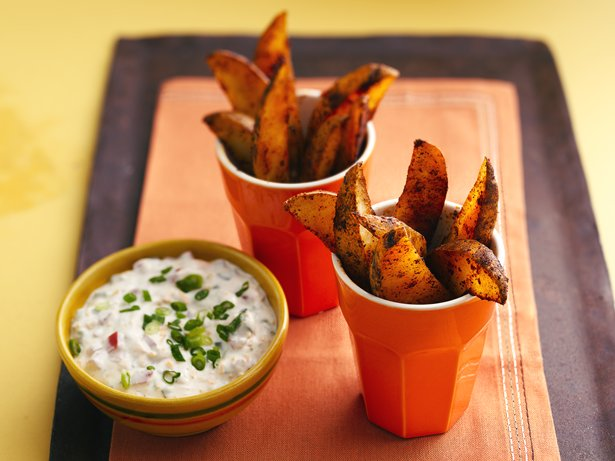 Chili Potato Dippers with Cheddar Jalapeo Dip