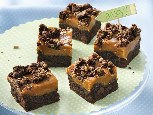 Gooey Caramel-Chocolate Bars