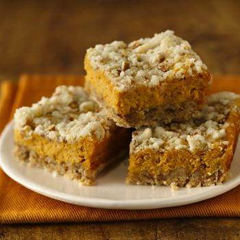 Pumpkin Streusel Cheesecake Bars recipe from Betty Crocker