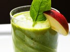 Spinach-Apple-Peach Smoothies