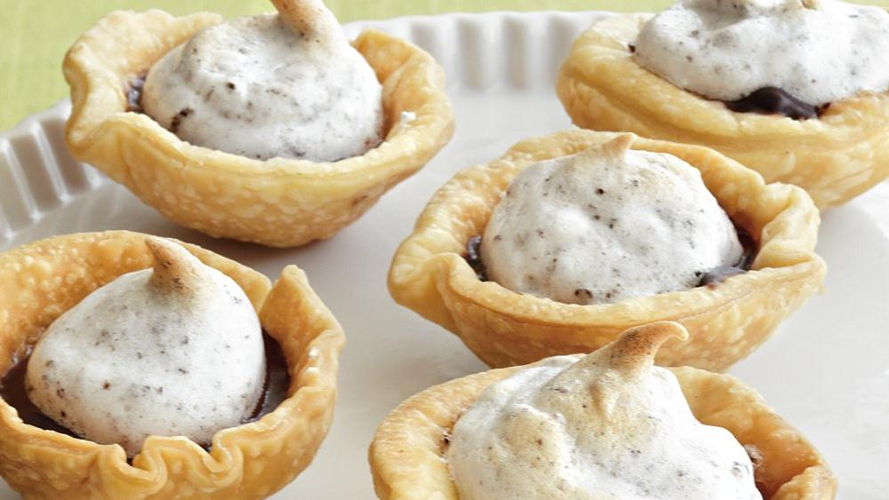 Mini Chocolate Meringue Pies