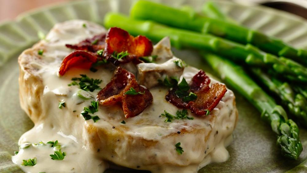 Pork Chops With Mushrooms, Dill, And Sour Cream Sauce Recipe ...