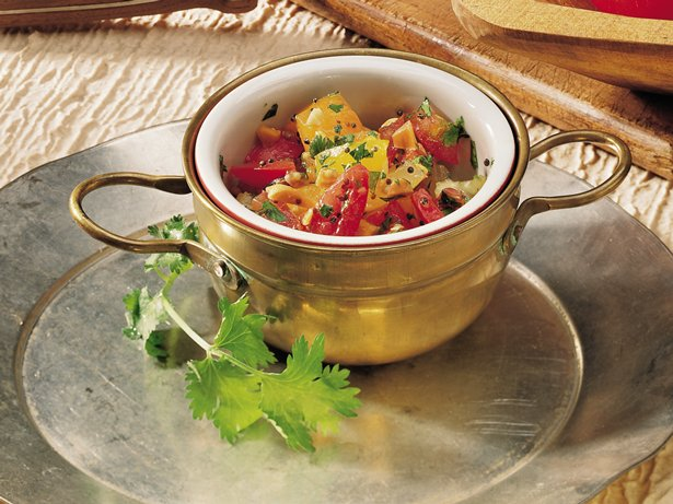 Chopped Tomato Salad (Tamatar Nu Salade) 