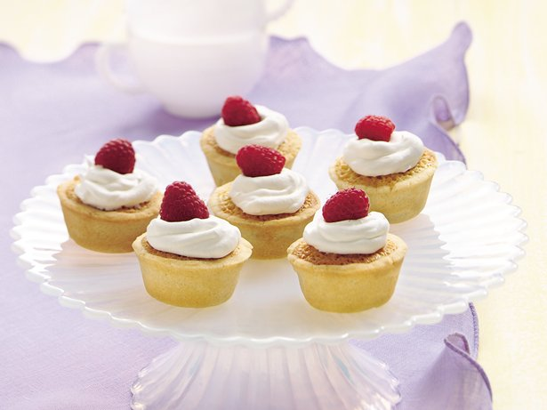 Almond-Amaretto Tarts