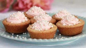 Pink Champagne Buttercream Cookie Cups
