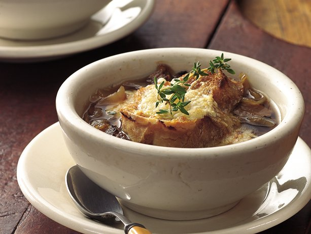 Slow Cooker Beefy French Onion Soup