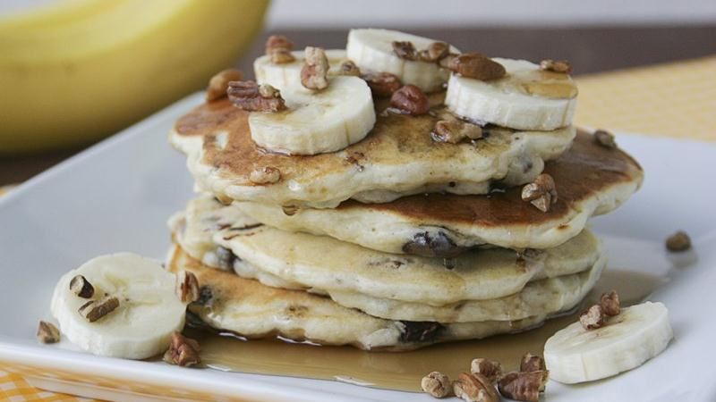 Banana-Chocolate-Pecan Pancakes